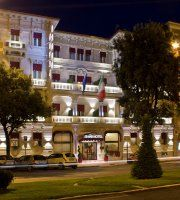 Grand Hotel Des Arts To learn more about #Verona click here:             http://www.greatwinecapitals.com/capitals/verona