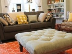"""For living space as coffee table/ottoman? Great tutorial with dos and donts.for this diy tufted ottoman"""" data-componentType=""""MODAL_PIN Diy Ottoman, Tufted Ottoman, Ottoman Table, Ottoman Ideas, Large Ottoman, Pallet Ottoman, Oversized Ottoman, Rug Ideas, Sofa Ideas"""
