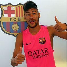 No retorno ao Barça, Neymar não treina, e Messi chega com novo visual