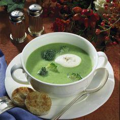 Cremige Broccoli-Suppe Rezept | LECKER