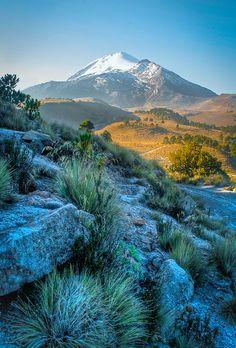 Pico de Orizaba, Veracruz, Puebla.  |  Escenas de montaña II by anwarvazquez, via Flickr