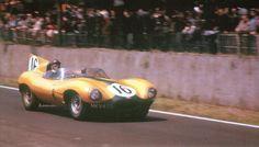 Jaguar D-Type Short Nose #16 P.Frere/F.Rousselle 24H of le mans 1957