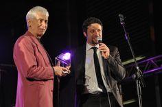 Verdiano Vera, patron del FIM, premia Don Backy. FIM - Fiera Internazionale della Musica. 16   17   18 Maggio 2014. Fiera di Genova. www.fimfiera.it (© 2014 FIM. Foto di Raffaele Lucafò)