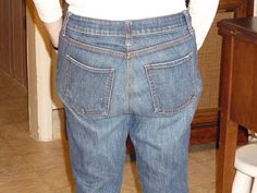 """Sewing up the butt - a tutorial to fix baggy rears. Maybe this could help with all those """"mom jeans"""" I have..."""