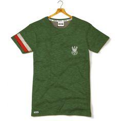 Koszulka patriotyczna Haft Orzeł Armii Krajowej z biało-czerwoną opaską - Kolekcja Dyskretna - odzież patriotyczna, koszulki męskie Red is Bad