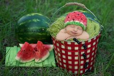 Baby Photography: Summer Picnic Baby