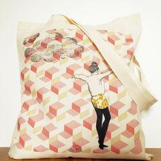 Sac tote bag imprimé Equilibre, réalisé en coton bio certifié (140g m2).  Impression digitale avec encres 100 % bio. Fond écru. Porté main ou épaule. c08bccd7991