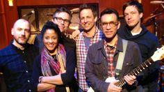 Fred Armisen strikes up the band at 'Late Night with Seth Meyers'