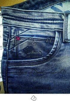 Denim Jeans Men, Jeans Pants, Patterned Jeans, Andorra, Denim Fashion, Jeans Style, Ideias Fashion, Mens Boardshorts, Mens Jeans Outfit