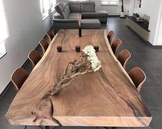 The 10 Best Home Decor (with Pictures) - Contemporary dinning room design. Live Edge Table, Live Edge Wood, Dinning Table, A Table, Wood Table, Dining Rooms, Lustre Antique, Walnut Burl, Wooden Room
