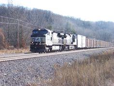 12/5/12: Northbound BNSF merchandise train with NS power north of Savanna, IL.
