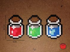 Zelda Health Potion Magnets and Keychains made from Perler Beads によく似た商品を Etsy で探す