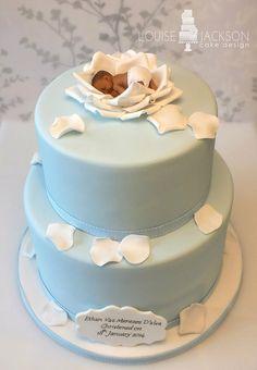 Baby in rose christening cake - Boy