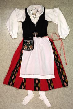 k_jalasjarvi_puku Waist Skirt, High Waisted Skirt, Mini Skirts, Finland, Tattoo, Style, Fashion, Swag, Moda