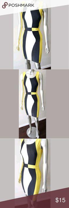 🌟🌟Yellow Bodycon Dress🌟🌟 🔷🔹Yellow geometrical bodycon dress🔹🔷 🗯 Form Fitting 🗯 Sexy 🗯 Size medium 🗯 Looks great w/a blazer Dresses