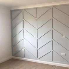 Woman creates stunning panelled feature wall on a budget - using B&Q paint and Wilkos bargains Feature Wall Living Room, Accent Walls In Living Room, Accent Wall Bedroom, Kitchen Feature Wall, Bedroom Feature Walls, Living Room Panelling, Modern Wall Paneling, Wall Panelling, Wood Paneling