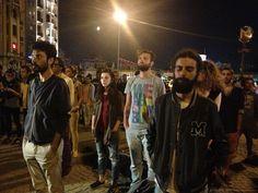 Gli alberi umani di Taksim