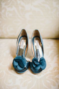 """There's nothing like having your """"something blue"""" be your wedding shoes: http://www.stylemepretty.com/little-black-book-blog/2014/12/18/rustic-napa-valley-winter-wedding/   Photography: Delbarr Moradi - http://delbarrmoradi.com/"""