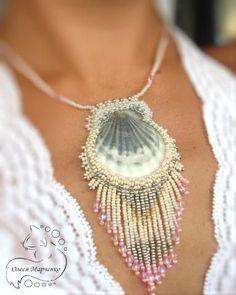 "Pendant shells ""Memories of the Sea"" by Olesya Marchenko. - Pendant shells ""Memories of the Sea"" by Olesya Marchenko. L … – # Pendants Shells - Seashell Jewelry, Seashell Crafts, Beaded Jewelry, Handmade Jewelry, Jewellery, Crafts With Seashells, Beach Crafts, Kumihimo Bracelet, Bijoux Diy"