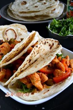 Fajitas maison, Recette Ptitchef – Basic Homemade Bread Recipe – The healthiest bread to make? Potluck Side Dishes, Mexican Side Dishes, Vegetarian Side Dishes, Enchiladas, Nachos, Plats Ramadan, Homemade Sandwich Bread, Corn Salad Recipes, Tacos And Burritos