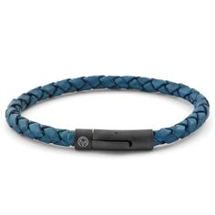 Buy Lucleon - Blue & Black Leather Bracelet for only Shop at Trendhim and get returns. Black Leather Bracelet, Black Bracelets, Bracelets For Men, Fabric Bracelets, Engraved Bracelet, Bracelet Cuir, Bracelet Men, Braided Leather, Retro