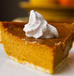 vegan-pumpkin-pie-four-ingredients-2011