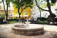 Perfect spot for some gelato  #visitlisbon #lisboa #lisbon #visitportugal #chiado  #turismodeportugal #portugal #unlimitedportugal #igersportugal #experienceportugal #portugalgram #instatravel #travelgram #canon #traveldreaming #wanderlust #travels #igers