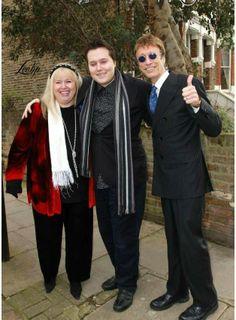 Robin, RJ and Dwina Gibb