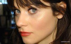 brunettes women close-up blue eyes actresses Zooey Deschanel celebrity Noel faces bangs - Wallpaper (#32479) / Wallbase.cc