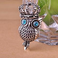 Owl Crown Brooches Antique Silver Plated Animal Hijab Pin Broch Personality Parure Bijoux Vintage Jewelry uk $10.66  Love it?Visit us:  http://www.fancyjewelries.net/product/2015-autumn-stylish-owl-crown-brooches-antique-silver-plated-animal-hijab-pin-broch-personality-parure-bijoux-vintage-jewelry-uk/ #Ring #Jewelry #homemade #shop #beauty #Woman's fashion #Products