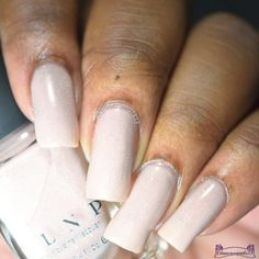 @ilnpbrand Elle Love Nails, Nail Artist, Beauty Nails, Lovers Art, Art Boards, Really Cool Stuff, Swatch, Manicure, Nail Polish