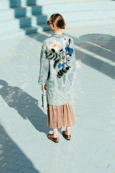 Alena Akhmadullina Resort 2018 Collection Photos - Vogue