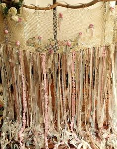 This shabby Chic garland curtain shows pure elegant, boho Gypsy style and has a ROMANTIC SHABBY CHIC theme feel, really makes a statement! This