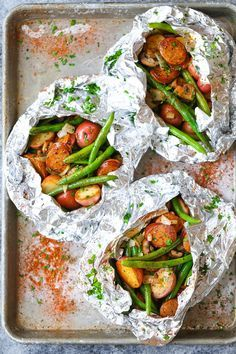 Sausage, Potato and Green Bean Foil Packets - Sausage and veggies packed in easy foil packets. Perfect for camping or a quick dinner! Can be baked/grilled. dinner Sausage, Potato and Green Bean Foil Packets Grilling Recipes, Pork Recipes, Cooking Recipes, Healthy Recipes, Potato Recipes, Carrot Recipes, Bread Recipes, Damn Delicious Recipes, Chicken Sausage Recipes