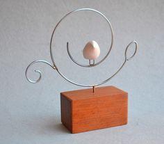 Welding Crafts, Welding Art, Wire Crafts, Sculpture Art, Sculptures, Copper Wire Art, Light Bulb Crafts, Wire Ornaments, Arte Country