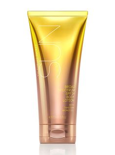 Beach Sexy Broad Spectrum SPF 24 Body Lotion Shop this summer! Best Sunscreens, Victoria's Secret, Cosmetic Bottles, Cosmetic Design, Cosmetic Packaging, Beauty Make Up, Beauty Tips, Beauty Products, Smell Good