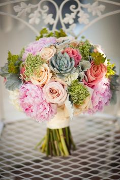 PINTEREST: Ideas or Illusions? Blog / article posted by Carousel of Flowers on NJWedding.com @carouselnj photo by @perfettephoto #njwedding #pinterest #flowers #floraldesign #wedding #weddings #bouquet #bouquets #bridalbouquet #njweddings #carouselofflowers
