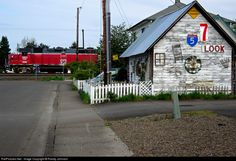 RailPictures.Net Photo: CORP 3811 Central Oregon & Pacific Railroad EMD GP38-3 at Creswell, Oregon by Randy Johnson