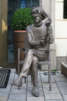 """BRONZED STATUE OF """"ANDY WARHOL"""" LOCATED IN BRATISLAVA, SLOVAKIA. ( ANDY'S PARENTS EMMIGRATED TO THE UNITED STATES - FATHER IN 1914 & MOTHER IN 1921, FROM THIS AREA)."""