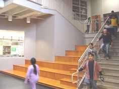 Amphitheater Stairs - Elimentary School http://www.designshare.com/index.php/projects/greenman-elementary/images@46