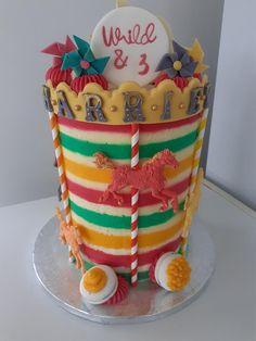 Carousel Cake, Carousel Horses, Pinwheels, Cake Decorating, Birthday Cake, Cakes, Desserts, Food, Tailgate Desserts
