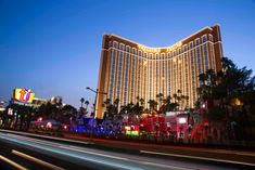 Treasure Island Announces Additional Venue Reopening, Drink Specials Ahead of Independence Day Weekend - Vegas24Seven.com Las Vegas Deals, Las Vegas Hotels, Grand Canal, Poker, Treasure Island Hotel, Radisson Hotel, Island Pictures, Las Vegas Strip, Island Resort