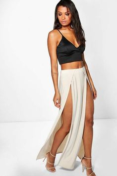 boohoo Mara Double Thigh High Split Maxi | Summer | Outfit Ideas | Style | Fashion | Affordable #Sponsored