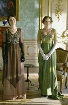 The details are amazing! Don't forget to tune in tonight of the premiere of Season 4 of Downton Abbey!