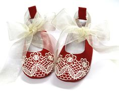 Sewing Pattern for Christmas Baby Shoes by LenasShoePatterns