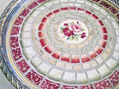 Beautiful broken china mosaic...    catnipstudio.blogspot.com