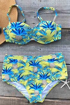 Full of season vibe all year round. Hot Sale Now! You are going to be a perfect vision in this Pineapple Strange Bikini Set. You will be ready for almost any summer activity. Get it immediately at Cupshe.com !