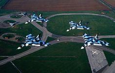 Vulcan fleet at Waddington UK Last fly over Military Jets, Military Aircraft, Cold War Propaganda, Anti Flash, V Force, Avro Vulcan, War Photography, Military Equipment, Royal Air Force
