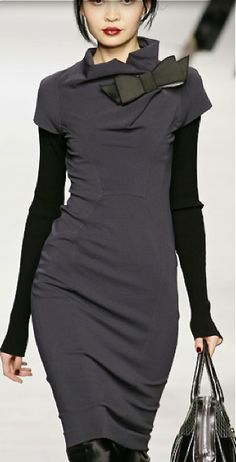 Mariella Burani****basic dress showing flexibility that crosses the seasons!! s-c