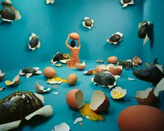 Surreal Stage of Mind Series by Jee Young Lee. Young Korean artist Jee Young Lee recently presented her beautiful, surrealistic and Photoshop-free Surrealism Photography, Art Photography, Photography Exhibition, Sandy Skoglund, Illustration Manga, 3d Modelle, Kim Joon, Marc Chagall, Beautiful Dream